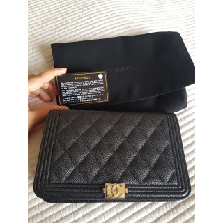 Chanel Le Boy Wallet on Chain (WOC)